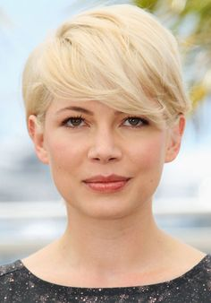 Michelle Williams hair this will be my hairstyle in a minutes :D Pixie Haircut For Round Faces, Longer Pixie Haircut, Round Face Haircuts, Long Pixie Hairstyles, Side Bangs Hairstyles, My Hairstyle, Stylish Hairstyles, Hairstyles 2016, Hairstyle Ideas