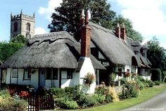 Heart of England: Welford-on-Avon - 10 minutes from Stratford-upon-Avon in the Cotswolds.  Travel