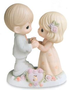 precious moments 5 year anniversary figurine
