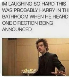 One Direction Imagines, One Direction Humor, One Direction Harry, Direction Quotes, Harry Styles Memes, Harry Styles Cute, Harry Styles Pictures, Harry Styles Imagines, Funny Moments