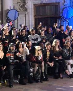 Cercada por seguranças coberta por um casaco e óculos de sol @madonna causou furor ao entrar para o desfile de inverno da @philipppleininternational que acontece agora na biblioteca nacional de Nova York. Em vídeo do colaborador @fashiontomax @maximsap ela dança na primeira fila ao lado de @kyliejenner #voguenanyfw #philippplein #madonna #nyfw  via VOGUE BRASIL MAGAZINE OFFICIAL INSTAGRAM - Fashion Campaigns  Haute Couture  Advertising  Editorial Photography  Magazine Cover Designs…