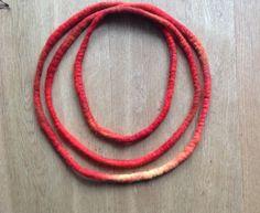 "Filzketten - Filzkette ""Feuer"" - ein Designerstück von Rita-Hella bei DaWanda"