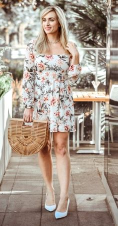 35 Casual Floral Dress Outfit Ideas That You'll Love Floral Dress Outfits, Casual Dresses, Fashion Dresses, Perfect Match, Pattern Fashion, Casual Looks, Wedding Gowns, Outfit Ideas, Girly