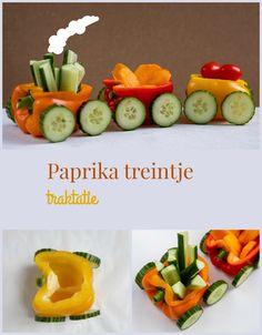 Pin Paprika treintje traktatie Dinner Table, Easy Peasy, Tapas, Sushi, Panda, Babyshower, Food And Drink, Make It Yourself, Healthy
