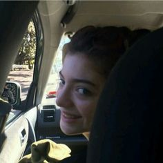 Lorde in the car.