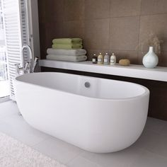 Our Verona freestanding bath is the most popular of our modern baths. Check it out here: http://www.victorianplumbing.co.uk/1650-x-750-Luxury-Modern-Double-Ended-Curved-Freestanding-Bath.aspx  #baths #modern #contemporary #bathroom #bathing