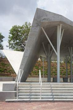 Ron Shenkin Designs A Concrete Shelter For A Cemetery