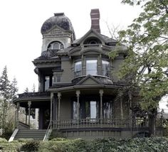 #Gothic Victorian home. love it!