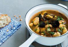 Bouillabaisse ja paprikamajoneesi | Koti ja keittiö Koti, Chana Masala, Fish, Ethnic Recipes, Ichthys