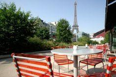 Do you know Paris? Le chiffre de la semaine!  Par ce temps estival, Appartonaute a recensé pour vous les terrasses parisiennes. Saviez-vous que la capitale en offre plus de 8000? De quoi s'occuper lorsque le soleil pointe son nez!  A très vite pour notre sélection des meilleurs cafés par ... http://www.appartonaute.com/le-chiffre-de-la-semaine-les-terrasses-ensoleillees/ - #Chasseur_Dappartement, #Do_You_Know_Paris, #Immobilier, #Paris