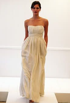 Wedding Dress with Pockets Now this is what I should have gotten back in 2002!