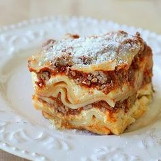 Crockpot Lasagna. Made this for dinner tonight and the whole family loved it...even our ten month old!