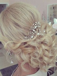 Bohemian Hairstyles, Wedding Hairstyles, Bridal Hair And Makeup, Hair Makeup, Bridal Accessories, Dyed Hair, Bohemian Style, Style Me, Hair Beauty