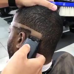 25 popular haircuts for men who attract girls # Liked # fashion # menfashion, . Mens Hairstyles Widows Peak, Mens Hairstyles Fade, Cool Hairstyles For Men, Hairstyles Haircuts, Twist Hairstyles, Black Hairstyles, Wedding Hairstyles, Fade Haircut Styles, Hair And Beard Styles