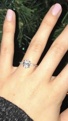 14K White Gold Marquise Shape Three Stone Ring with Oval Cut Diamond | Side-Stone Engagement Rings | James Allen Ring Style: 17727W14