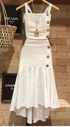 Amei estes looks Chic Outfits, Trendy Outfits, Summer Outfits, Summer Dresses, Simple Dresses, Cute Dresses, Casual Dresses, Party Dresses, Hijab Fashion