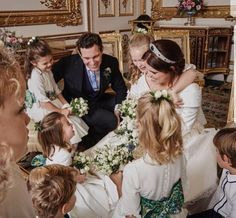 Royal Family Around the World: The Wedding of Princess Eugenie of York to Jack Brooksbank at Windsor Castle on October 2018 in Windsor, England. Princesa Beatrice, Princesa Charlotte, Princesa Eugenie, Royal Brides, Royal Weddings, White Weddings, Lady Diana, Duchess Kate, Duchess Of Cambridge