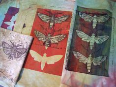 fabric stamping The moths were created by masking hand dyed fabric with moth shapes cut from freezer paper and then discharging most of the background colour with discharge paste appli Stencil Printing, Gelli Printing, Screen Printing, Textiles Sketchbook, Gelli Arts, Fabric Stamping, Insect Art, Textile Artists, Repeating Patterns