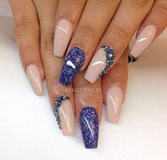 Nails blu cipria