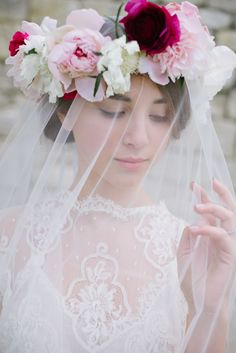 Gorgeous floral crown with veil