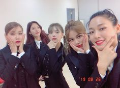 """In the latest episode of Queendom, AOA showcased a remix of MAMAMOO's """"Egotistic"""" and viewers are madly in love with this bold AF version. Kpop Girl Groups, Kpop Girls, Shin Jimin, Jimin Aoa, Aoa Elvis, Kim Chanmi, Kwon Mina, Kim Seol Hyun, Korean Shows"""