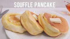 Perfect Fluffy Souffle Pancake Recipe *Ingredients 2 egg yolk Milk Vanilla oil Cake flour Baking powder 2 egg white Sugar Thanks . Oven Recipes, Pastry Recipes, Baking Recipes, Dessert Recipes, Egg Recipes For Breakfast, Breakfast Buffet, Sabudana Recipes, Pancake Recipe Ingredients, Souffle Pancakes