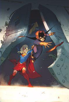 BATGIRL_ANNUAL_1Batgirl y Supergirl deben unirse a Arkham Asylum!  En esta nueva batalla anual Rebirth debe buscar la ayuda de Supergirl para resolver un misterio que los lleva al corazón del manicomio más loco que existe!  Pero lo que descubren -y que descubren- en Arkham conducirá a una historia mucho más grande.