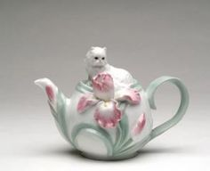 7.25 inch Homemade Tea Pot Adorned With White Lounging Cat And Flowers