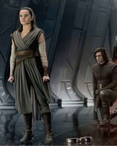 From Italy with Reylo gffa: Star Wars: The Last Jedi paintings by - Ideas of Ray Star Wars - - The spirit of a true Jedi. Star Wars Film, Star Wars Art, Starwars, Star Citizen, Reylo, Disfraz Rey Star Wars, Star Wars Brasil, Daisy Ridley, Rey Cosplay