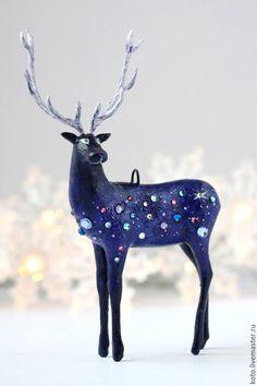 Купить Ёлочная игрушка Космический олень - фиолетовый, олень, космос, елочная игрушка, елочная подвеска
