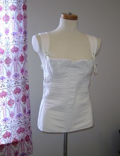 Corded Busk Corset by historicaldesigns on Etsy - this is definitely on my wish list! Sooo pretty!
