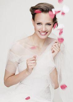 Cinco dicas para economizar no vestido de noiva sem perder o glamour