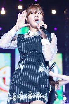 Hayoung <3 141019 K-POP World Festival in Changwan