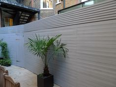grey closed board fence and privacy screen trellis fulham and chelsea london (2)