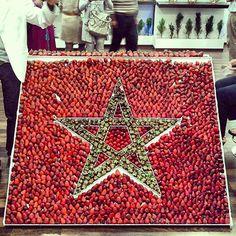 a strawberry Moroccan Star Arab World, Flag Art, Agadir, Fruit Art, Marrakesh, People Around The World, Moroccan, Bohemian Rug, My Love