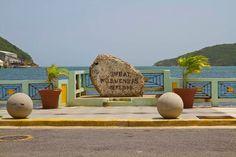 Guánica, Puerto Rico   La Piedra de Guánica, también conocida como la Piedra Histórica, está ubicada en el Malecón de Guánica, Conmemora la entrada de las tropas norteamericanas a Puerto Rico.