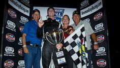 K East - Ben Kennedy cattura una vittoria storica al Bowman Gray Stadium - Motorsport Rants