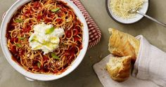 This one pot pasta recipe from RAGÚ® creates a simple dish that's perfectly pleasing in about 20 minutes. Grab a har of your favorite Ragu pasta sauce and enjoy it tonight! One Pot Spaghetti, Spaghetti Recipes, Pasta Recipes, Cooking Recipes, Healthy Recipes, Sauce Recipes, Cooking Tips, Free Recipes, Healthy Food