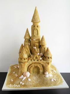 cakelava: Non-Traditional Wedding Cakes: LéMonaco and Delfino's Fairy Tale Sandcastle