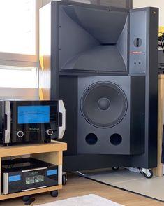 Audiophile Speakers, Speaker Amplifier, Hifi Audio, Audio Speakers, Horn Speakers, Audio Room, Speaker Design, High End Audio, Boombox
