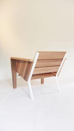 CHAISE EXTÉRIEURE // Outside chair