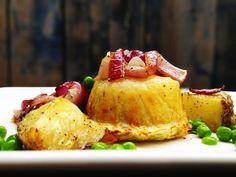 Ciccolino di Patate (little potato cake with poached egg)