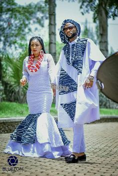 African print couple collection by Cameroonian fashion designer Sha Sha New. Bamenda based Sha Sha drops Agbada inspired outfits for couples African Print Dresses, African Print Fashion, Africa Fashion, African Fashion Dresses, African Dress, African Prints, African Wedding Attire, African Attire, African Weddings