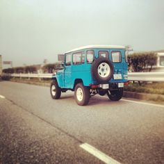 BJ40. Nice Blue!