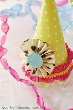 Birthday Party Hat Tutorial from http://www.yourhomebasedmom.com/