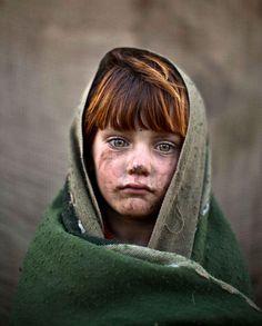 Le 24 janvier,Muhammed Muheisen réalise le portrait deLaiba Hazrat,une jeune réfugiée afghane âgée de six ans.