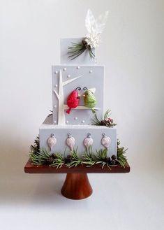 lovebird winter wedding cake ~ we ❤️ this! moncheribridals.com