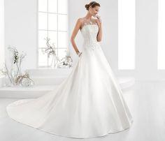 Moda sposa 2018 - Collezione AURORA.  AUAB18956. Abito da sposa Nicole.