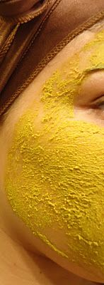 Turmeric Facial: Turmeric is used as an excellent facial scrub in Thai beauty regimen. Start by taking little turmeric powder, add some water and blend well. Spread the paste all over your face and rub well for 3-5 minutes. Wash off. You will notice that your skin will feel fresh all day and will have a radiant glow. It has also shown great effectiveness in treating acne and other skin problems.