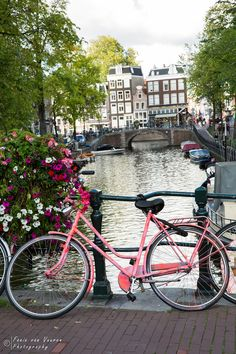 Amsterdam is one of the most visited cites in Europe AND in all of the world. Amsterdam Bike, Amsterdam Travel Guide, Visit Amsterdam, Amsterdam Apartment, City Break, Most Visited, European Travel, Travel Guides, Great Places